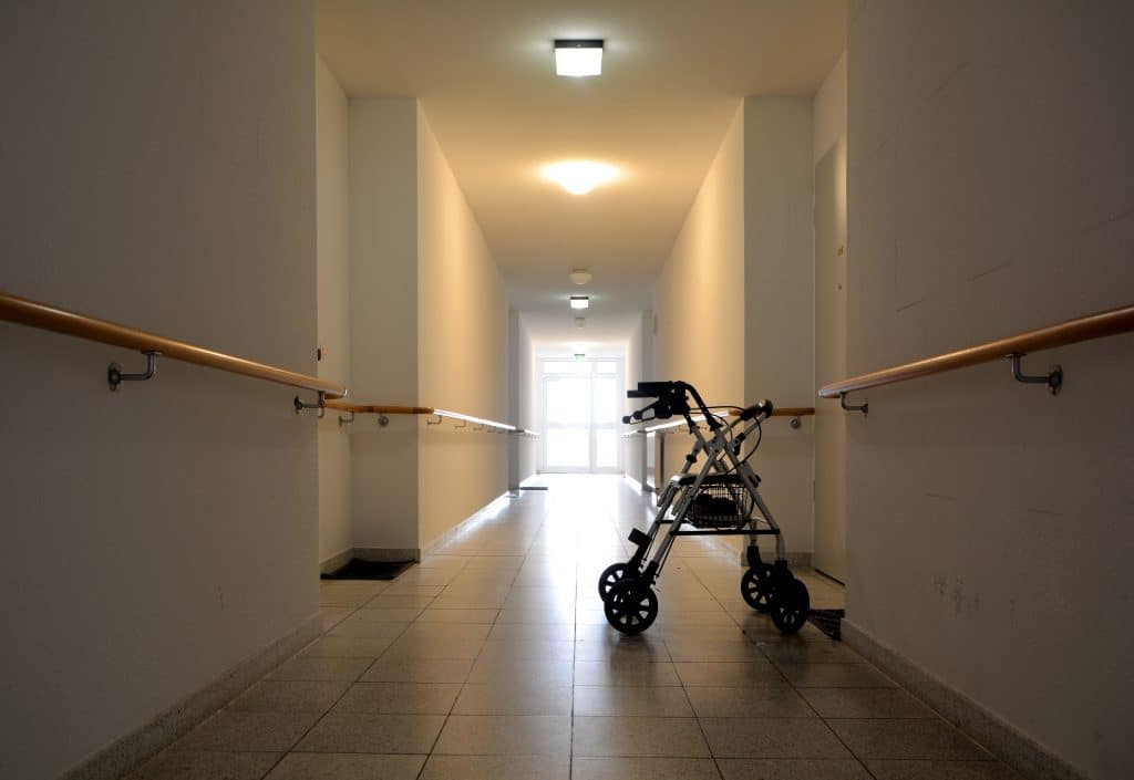 Nursing home abuse and neglect lawyers Eadie Hill Trial Lawyers investigate elopement or wandering off cases