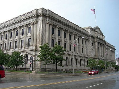 Image of outside of cuyahoga county old courthouse, which includes the cuyahoga county probate court