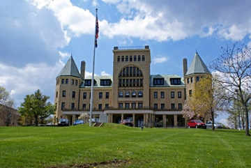 Springfield Masonic Community is a nursing home in Springfield, Ohio - like the ones Eadie Hill Trial Lawyers investigates for nursing home abuse and neglect.